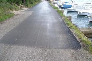 Obnovljena cesta na obali [...]